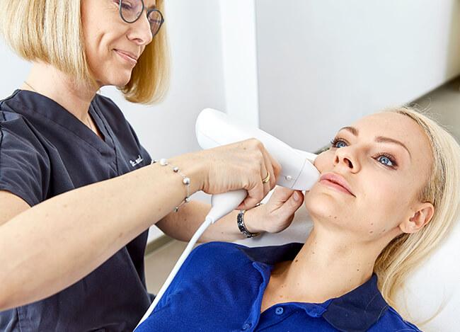 Faltenbehandlung Lasertherapie Linz, Bild Lasertherapie Faltenbehandlung Linz