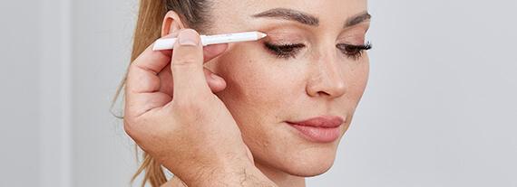 Augenlidkorrektur – typische Beschwerden Schlupflider OP