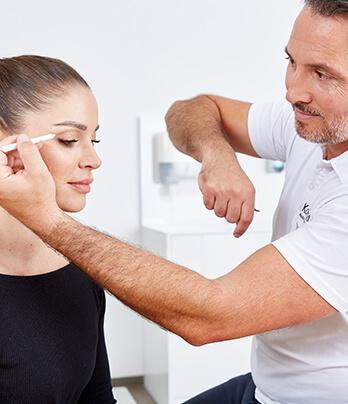 Augenlidstraffung – der Ablauf der OP / Eingriff. Achlupflider OP Linz