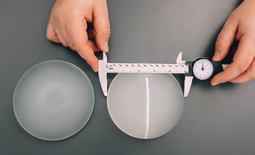 Brustvergrößerung – Kurznarbentechnik. Brust Op, Brust vergrößern Linz, Busen vergrößern, Brüste vergrößern, Silikonimplantat