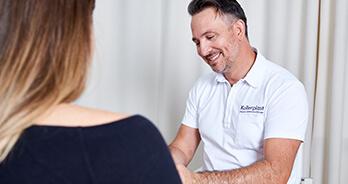 Schlupfwarzen – Schamgefühle und Stillprobleme beseitigen. Dr. Koller ist Experte für Brustvergrößerung in Linz, Österreich