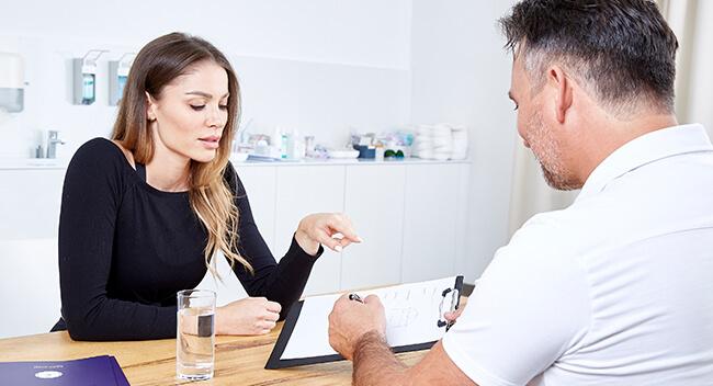 Bruststraffung Linz, Brüste straffen bei Dr. med Koller. Bruststraffung Österreich beim Experten in Linz - Dr. med. Koller