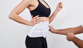 Mini Bauchdeckenstraffung nach einer Gewichtsabnahme eine Hautfaltenbildung, oder eine Hauterschlaffung ohne Hautfaltenbildung