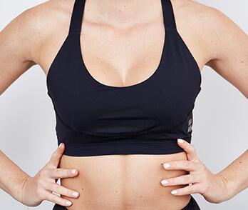 Was ist Kryolipolyse? Kryotherapie, Fettabsaugen mit Kälte. Fett wegfrieren