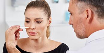 Nasenkorrektur – der Wunsch nach einer harmonischen Nasenform
