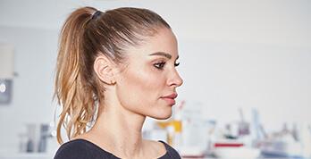 Nasenkorrektur mit gleichzeitig natürlichem Aussehen. Nasenoperation Nasenhöcker, Schiefnase, Nase begradigen. Nase verschmälern in Linz